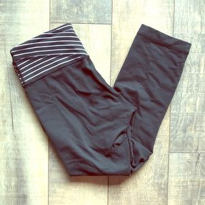 Lululemon Crop Pants Size 6